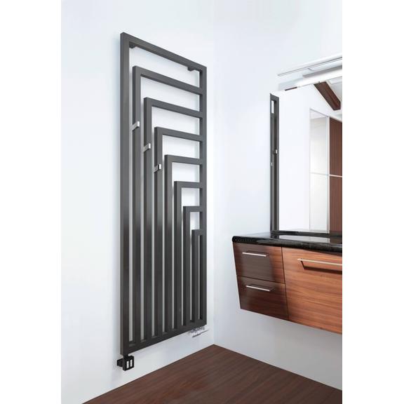 TERMA Angus V designový radiátor v interiéru velikost 1780x680